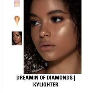 Dreaming of Diamonds Kylie Jenner Highlighter